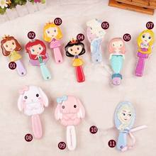 Prinses Cartoon Frozen Hair Brush brosse cheveux Kids Zachte Anti-statische Borstel Krullend Wirwar Mermaid Haren Handvat Tangle Kam(China)