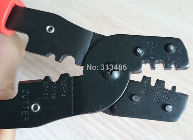 Multi-functional crimping plier crimping non-insulated terminal and cutting wires Crimp Terminal