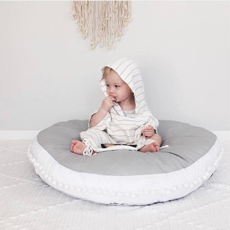 Tapis de jeu bébé super épaisseur couverture de couchage nouveau-né couverture de bébé super épais tapis rond motif solide décoration de chambre de bébé