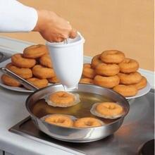 Sihirli hızlı plastik Donut yapma makinesi Waffle kalıpları mutfak aksesuarı Bakeware çörek kek kalıbı bisküvi kurabiye Diy pişirme aracı