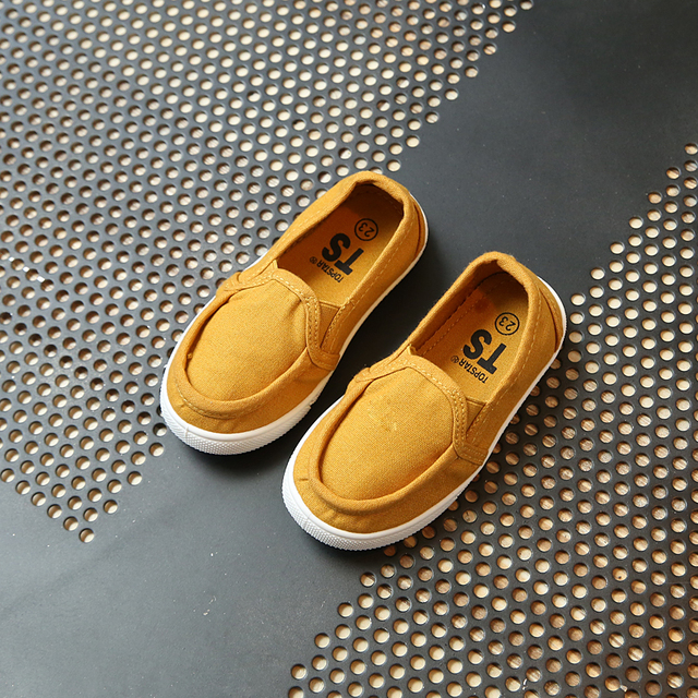 2017 spring new Fashion girls boys shoes casual dress Korean version of the British style Flat canvas shoes boys espadrilles Girl's Shoes