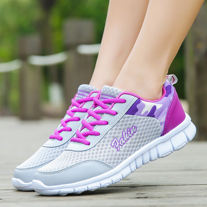 Women's outdoor light running shoes with mixed color running shoes breathable breathable mesh women's sports shoes(China)