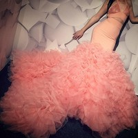 Pretty Ruffles Tutu Mermaid Prom Dresses 2019 Sexy Halter Backless Long Prom Gowns Chic Peach Pink Party Dresses Robe De Soiree