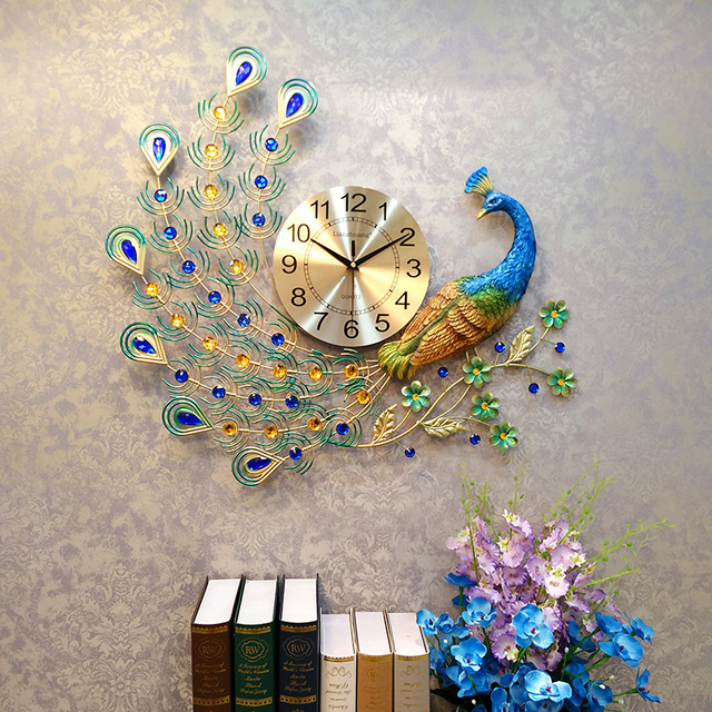 Modern Metal Exquisite Peacock Big Clock Hotel Art Auspicious Decoration Crafts Needle Digital Quartz Wall Clocks Wedding Gifts