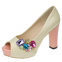 New  Color Shoe Clips Fashion Triangle Glass Wedding Bridal Decoration Accessories