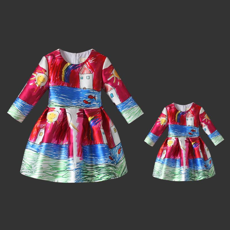 Family look clothing graffiti prints high quality European one-piece women kids girl long pleated skirts mother daughter dresses
