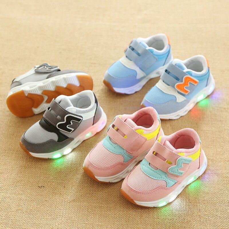 Все сезоны M Спорт Бег ребенка первые ходоки Прохладный Hook & Loop моды детские кроссовки Элегантные светодиодный освещенные для мальчиков и де...