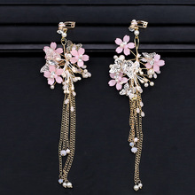 лучшая цена SLBRIDAL Golden Rhinestones Crystals Pearls Butterfly Bridal Wedding Chandelier Clip Earring Tassels Earring Women Girls Jewelry
