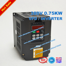 цена на 380V 0.75KW VFD Variable Frequency Driver 750W Inverter 3HP 380v Input 3HP for CNC spindle motor with Potentiometer Knob