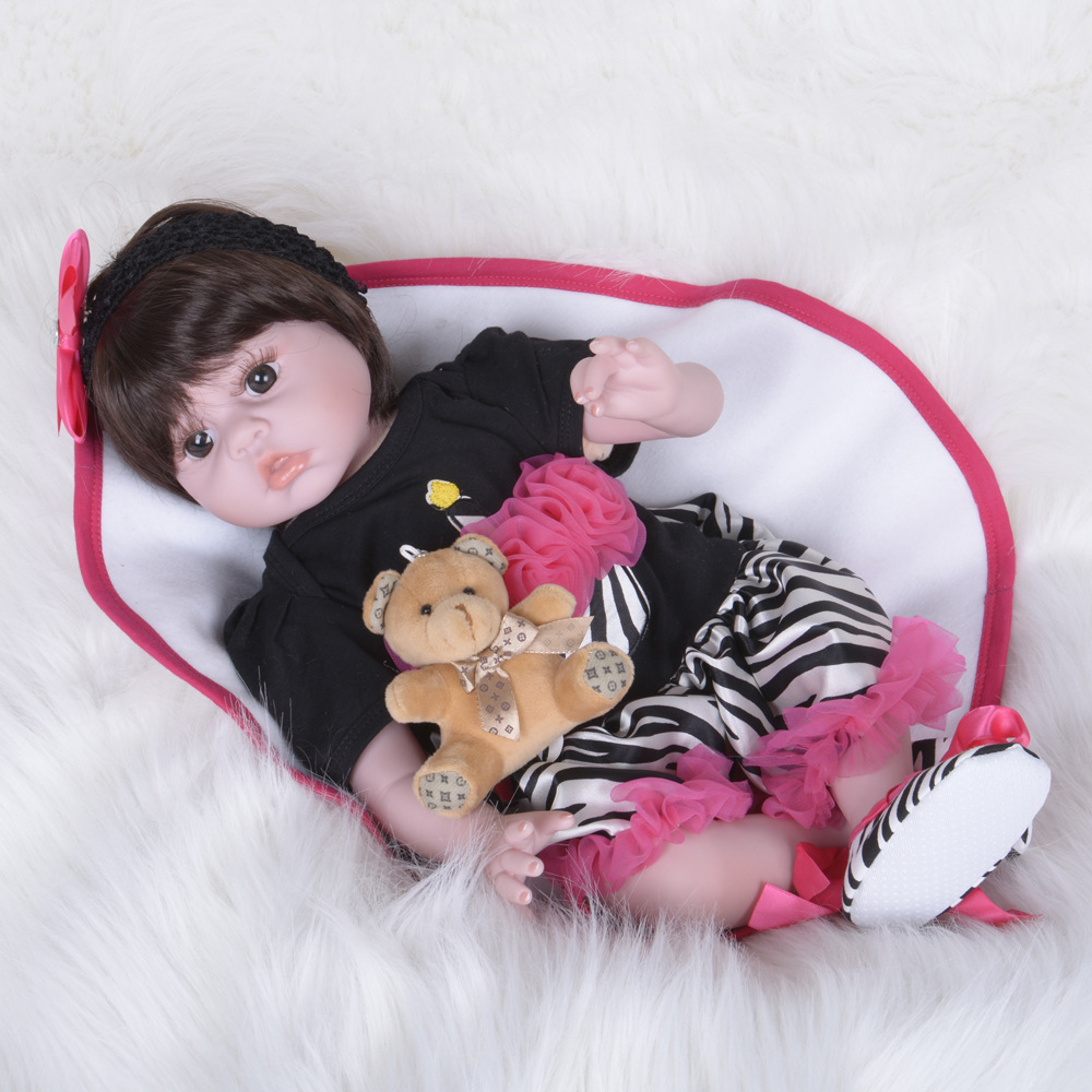 22 Inch Reborn Baby DollLifelike   Alive Girl Doll Realistic With   Beautiful Dress For Gifts Toys original winx club bloom musa beautiful girl magiche fan doll collection toys