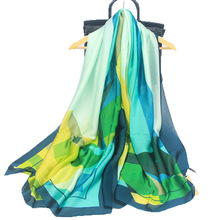 High-end silk scarf fashion popular scarfs geometric print soft holiday sunscreen shawl scarves female