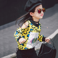 Children with girls loose long-sleeved T-shirt off-the-shoulder leopard fashion B674 fleece jacket the new during the spring