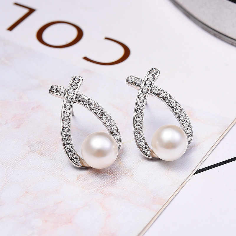Jewelry New Brand Design Gold Silver Color Pearl Stud Earrings For Women 2018 New Accessories Wholesale