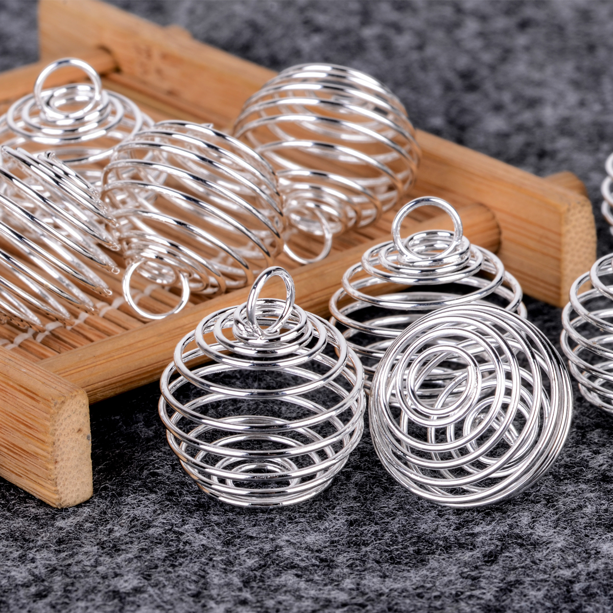 30PCS//Set Spiral Bead Cages Pendants Silver Plated Craft Jewelry Making ^F