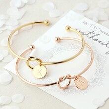 Модные Простые закрученные манжеты с открытым узлом, браслеты с диском и надписью, очаровательный браслет для женщин, розовое золото, браслеты с буквами