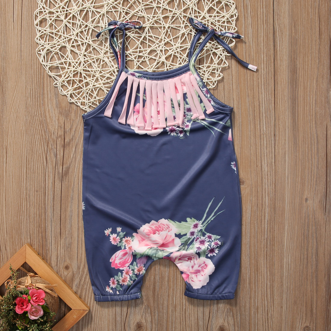 2017 Summer Cute Newborn Baby Girls Romper Floral Sunsuit Tassle Clothes Outfits Sleeveless Bebes One Pieces Jumpsuit 0-24M cute newborn baby girls clothes floral infant bebes romper cotton jumpsuit one pieces outfit sunsuit 0 18m