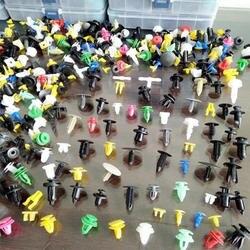 100 шт. разноцветные ремешки для рыбалки нахлыстом универсальный автомобиль Fender Пластик клипы бампер интерьера автоматическое пластиковое