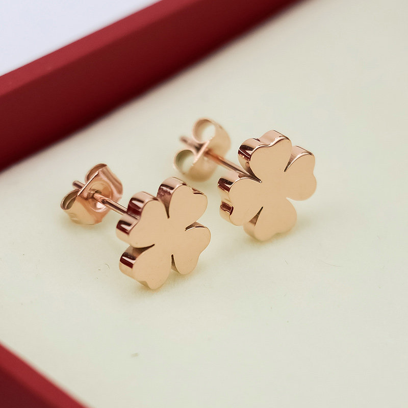 Gold Silver Plated Four Leaf Clover Earrings Lose Money Promotion Hot Selling Titanium Steel Woman Fashion Jewelry Never Fade
