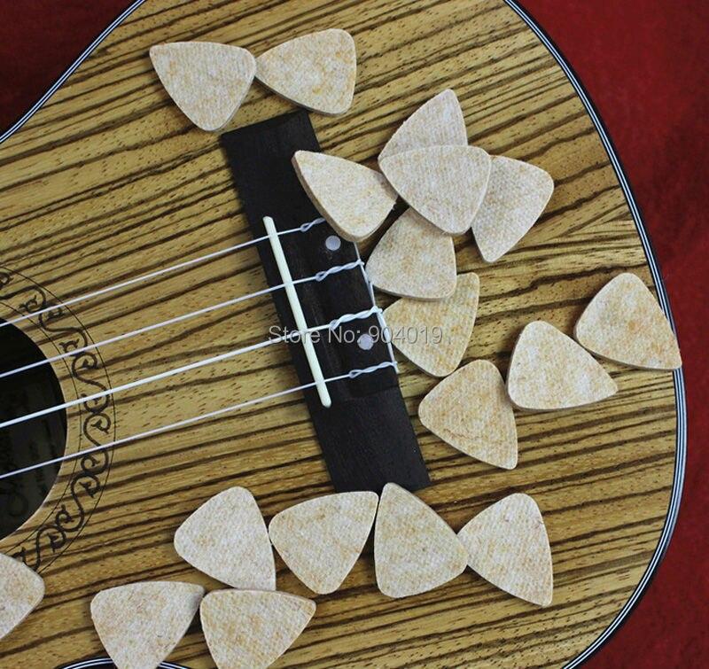 30pcs Natural Wool Felt Gauge 3mm Guitar Picks Plectrums for Ukelele