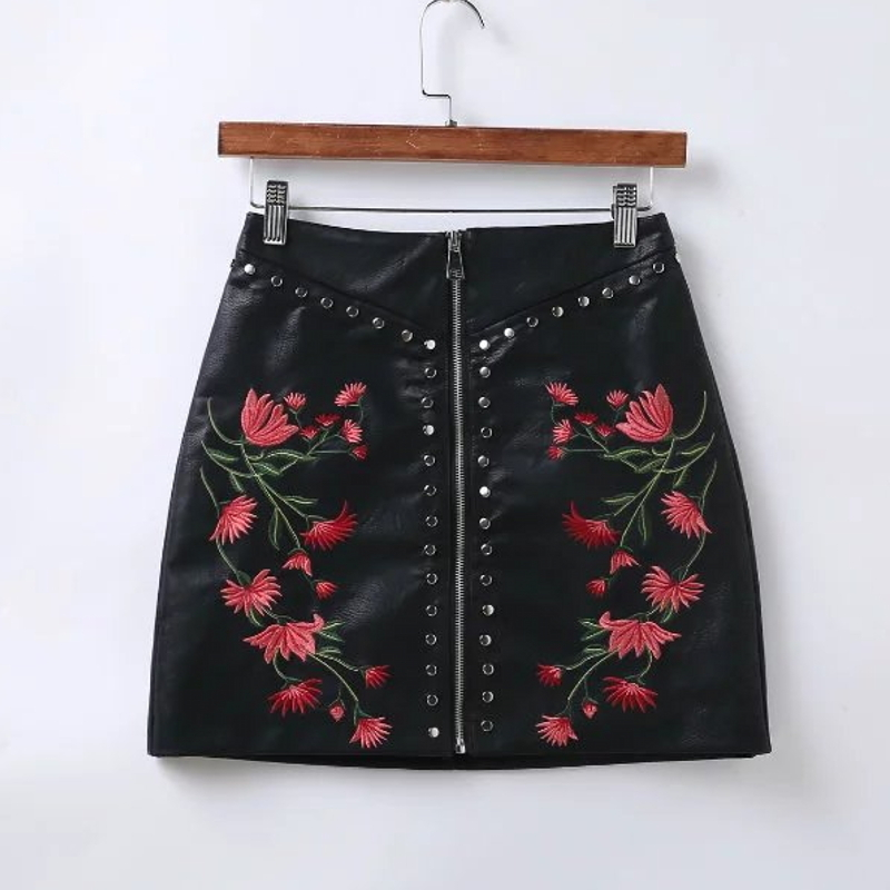 2017 New Women Vintage Rivets Embroidered PU Leather Skirt Sexy Slim Short Punk Pencil Skirts Zipper Mini Skirt QUN006