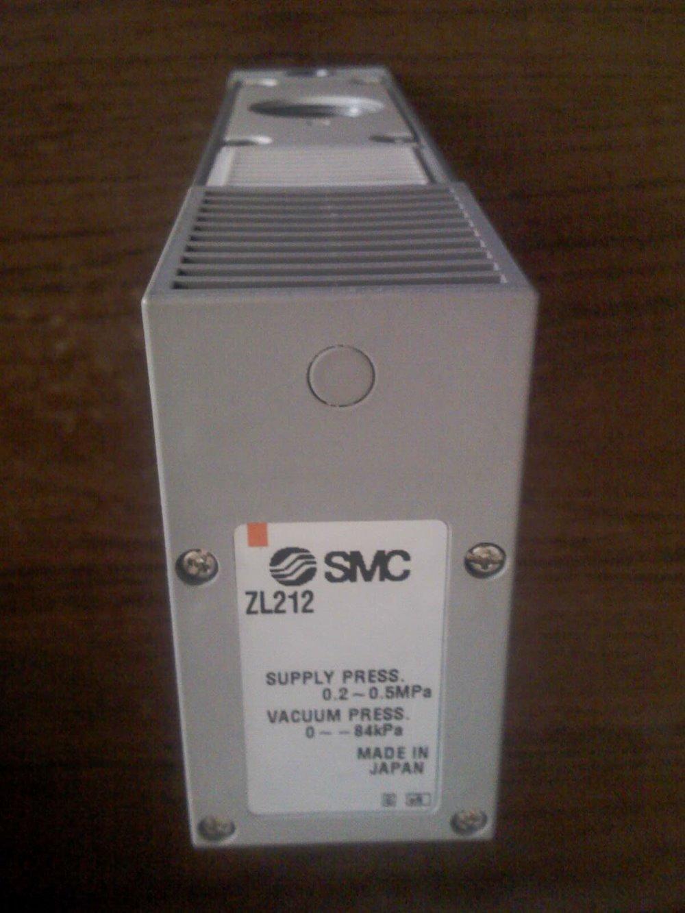 SMC ZL212 MULTISTAGE VACUUM EJECTOR Maximum suction flow rate200L/min scv 10 rc1 8 vacuum ejector smc type vacuum generator