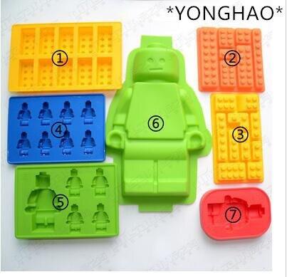 YONGHAO Bolo Ferramentas Buracos Lego Mini Figura Robot Cubo de Gelo bandeja Molde Do Bolo de Chocolate Jelly Mold Silicone Jello Moldes Fondant N543