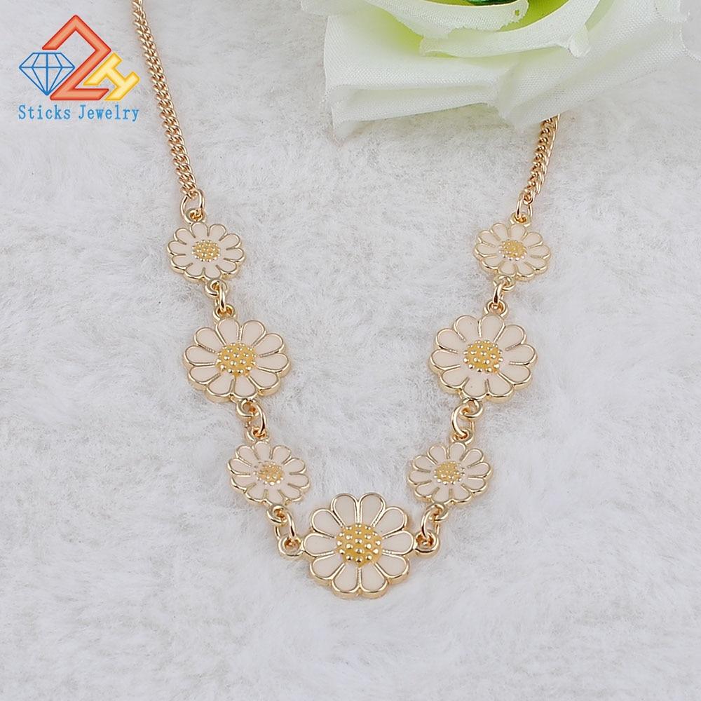 Sticks Jewelry Brand Charm 7 Flowers Trendy Necklace Zinc Alloy Goldplate Choker Necklace for Women