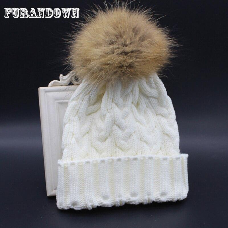 2018 Otoño Invierno de punto de lana sombrero de las mujeres sombrero de  piel de mapache e54710f43bd3