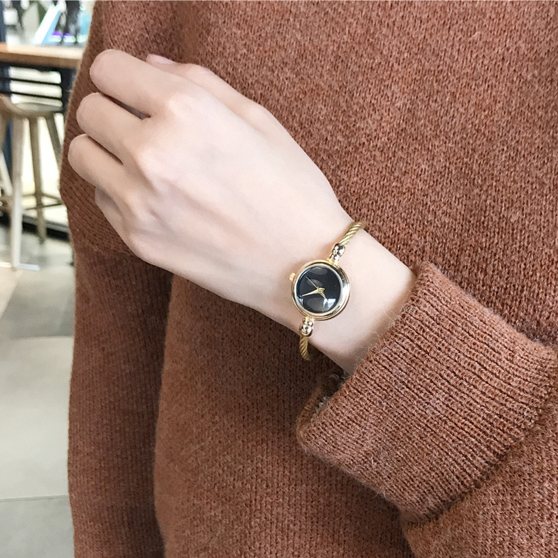 Fahsion women dress watches beauty design gold simple bracelet watch Bgg brand simple quartz clock with small dial and thin band цена