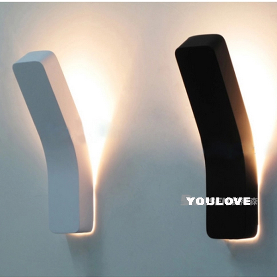 The Guard Power Wall Lights Fixture White/Black Metal Modern Home Foyer Bed Room Dining Room Restaurant Wall Lamps H35cm*W8cm modern white iron foyer bed room wall lamp dining doom light e27 v110 v240 free shipping