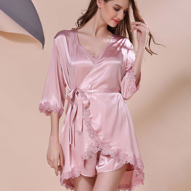 719f1eb85 Primavera Elegante Dama de Cetim De Seda Pijamas 3 peça Conjunto roupão de  cetim Rendas Salão