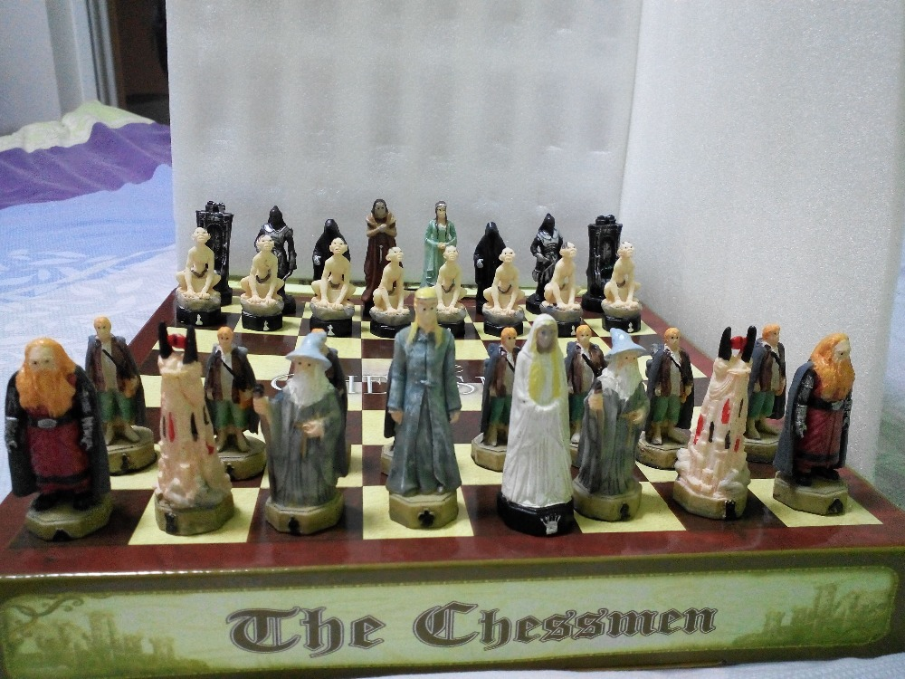 New Style Chess Set Resin 36*36*6 CM Child Game The Lord of the rings Classi International Chess Cartoon Chess Set Child Gift все цены