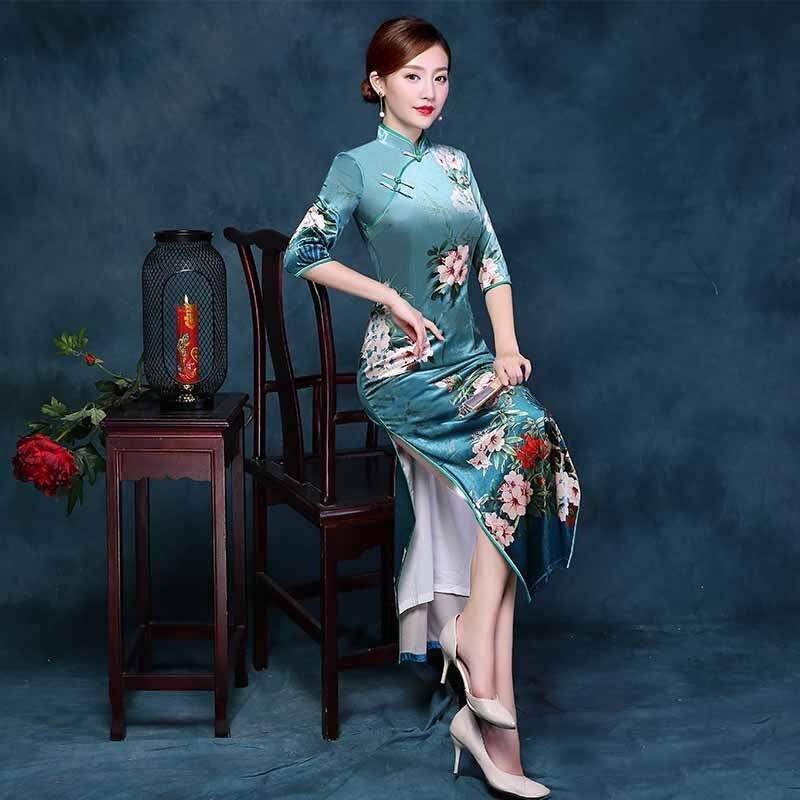 62083a8d4 2017 Autumn Winter Qipao Long Cheongsam Dress Green Cheongsams Velour  Traditional Chinese Oriental Dresses Qi Pao Stretch-in Cheongsams from  Novelty ...