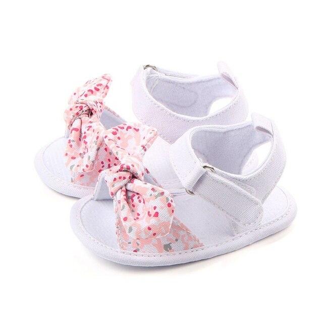 Милые летние Обувь для младенцев принцессы для девочек большой бант цветочный Обувь для малышей на мягкой подошве противоскользящие детские кроватки Bebe обувь 0-12 м