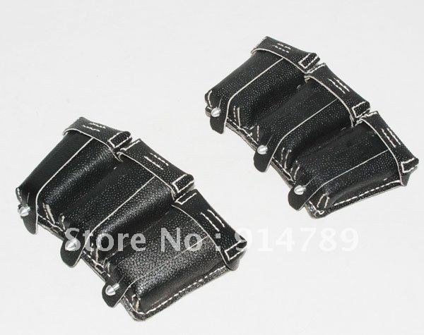 PAIR WWII GERMAN 98K LEATHER AMMO POUCH 31099