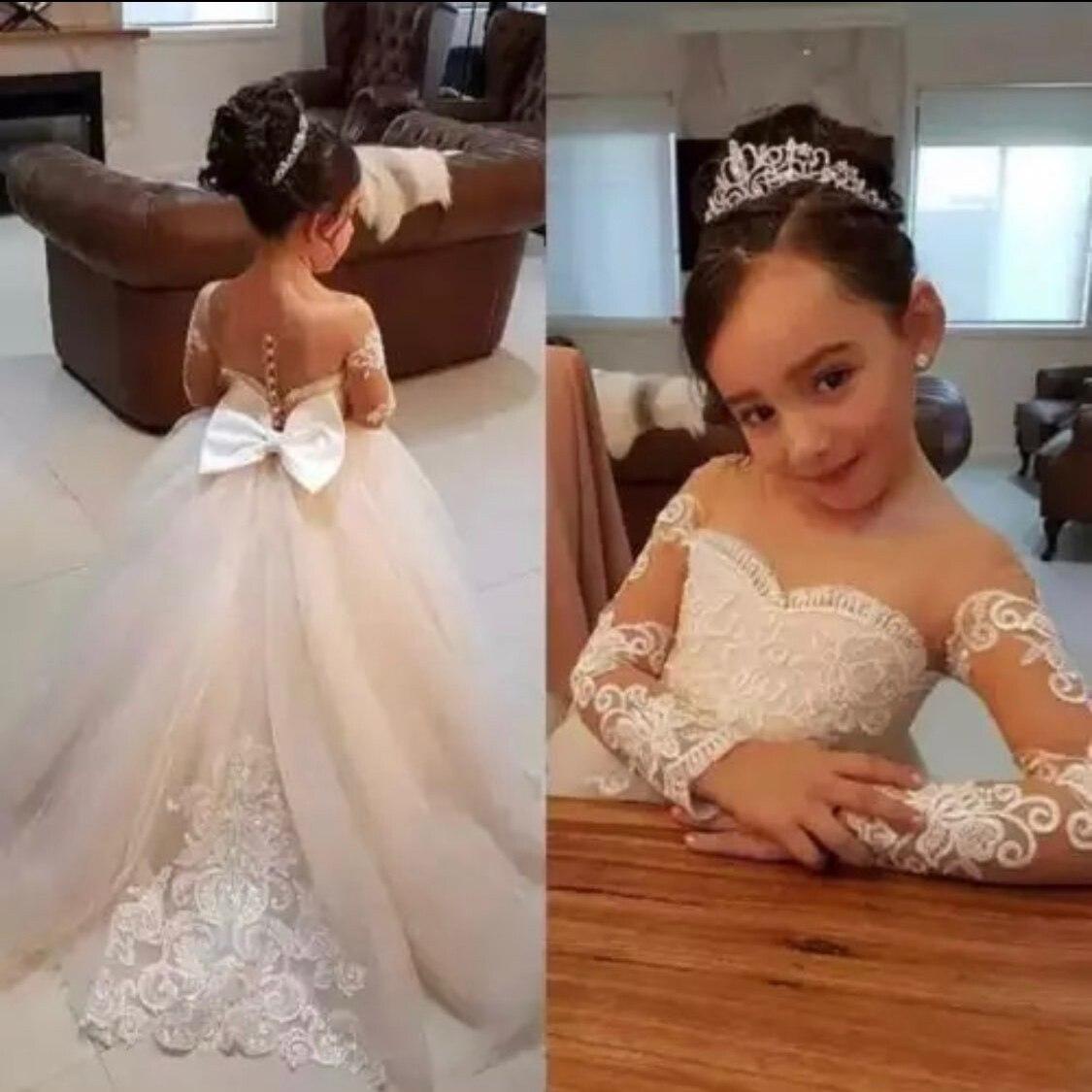 Jolies robes de demoiselle d'honneur à manches longues pour mariages 2019 robe de bal en dentelle à col transparent petites filles première Communion robes de concours