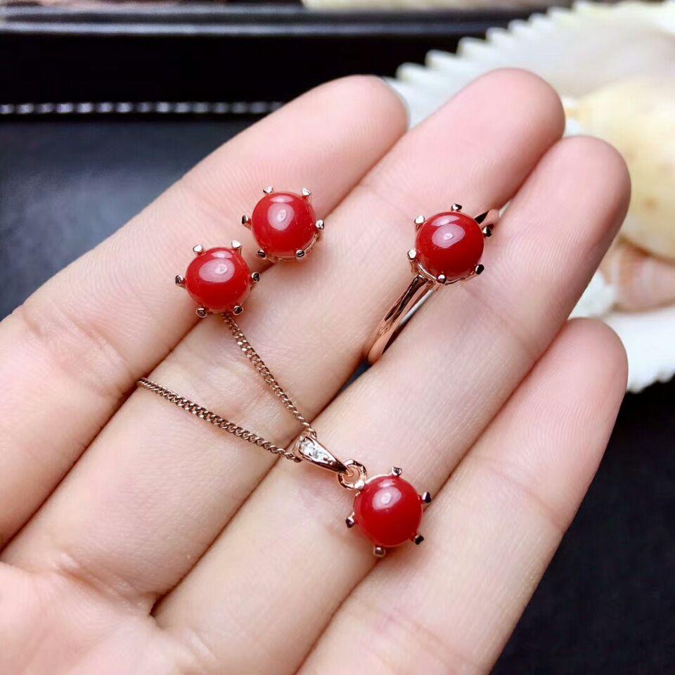 Verdadero 925 plata anillo de mujer con coral rojo
