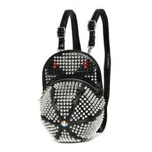 Кепка женская мода рюкзак в стиле панк-рок блестящие заклепки сумка маленькие монстры красивые женские сумки на плечо 2017 Хэллоуин