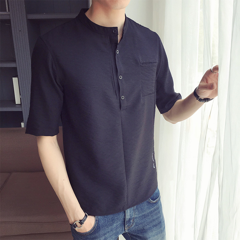 2018 new casual wild white and black Summer Man Letter Embroidery In Sleeve T All-match T-shirt Favourite Fashion Free shipping