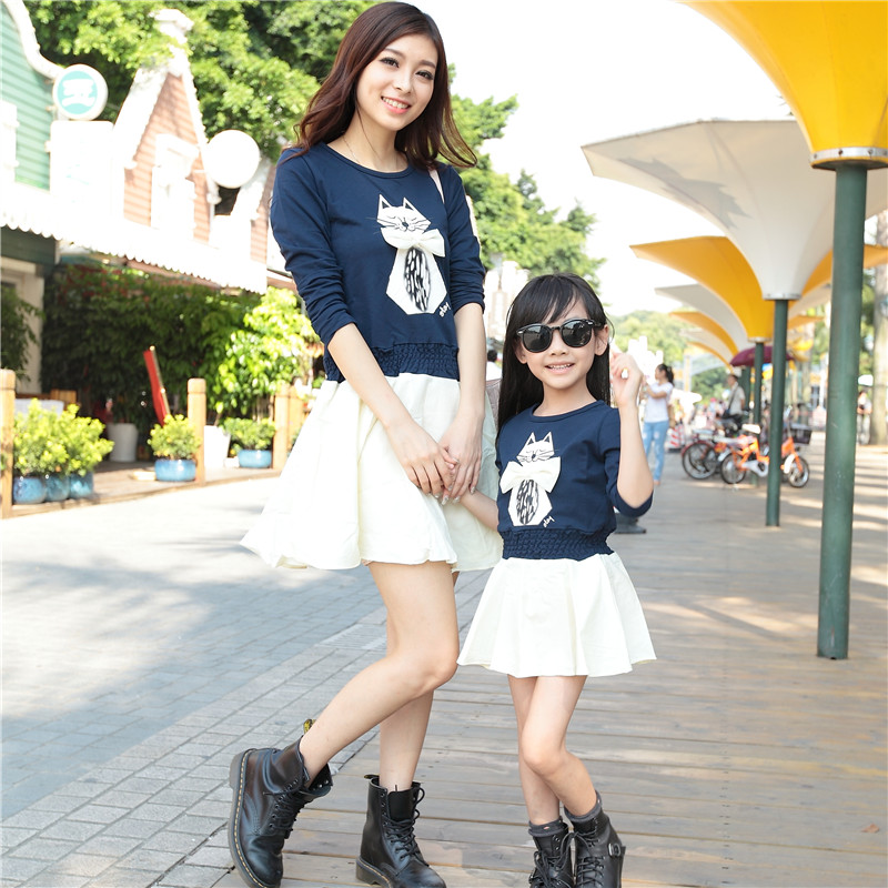 Family fashion spring 2015 long-sleeve T-shirt cartoon cat gentlewomen one-piece dress clothes mother daughter - Spring Children Clothes and Shoes store