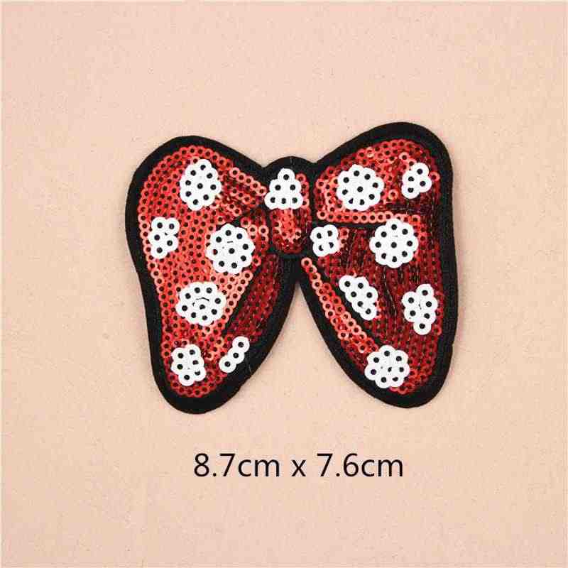Minnie com gravata borboleta de Ferro No Crachá Bordado Applique Remendo Roupas de Costura lantejoulas Adesivos diy Acessórios de Vestuário Vestuário