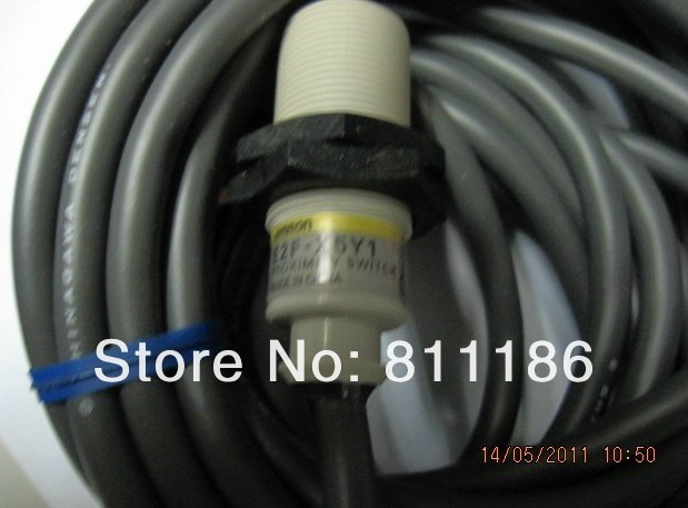 5pcs/lot  proximity switch E2F-X5Y1 2M  is brand new and original ,in stock 5pcs lot proximity switch e2e x5me1 m1 is new in stock