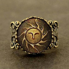 Heirs of the Sun Dark Souls II apllo sun god jewelry ring Gift Women Men vintage doctor who charm