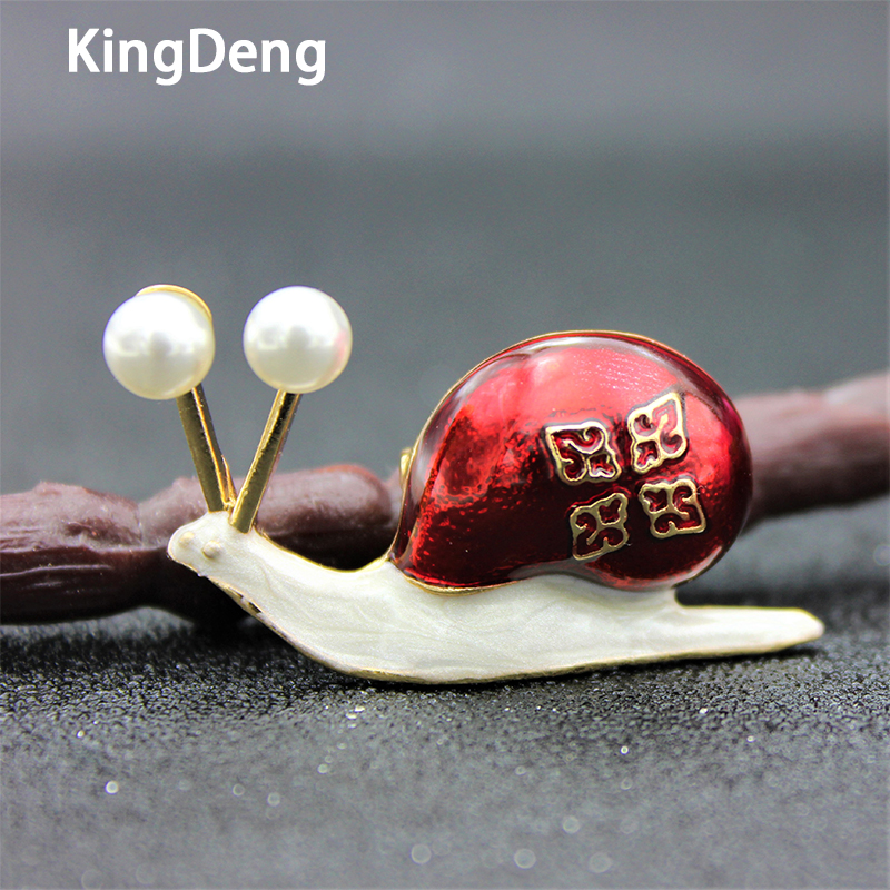 Snail Brooches Animal Accessories For Women Three Colors Enamel Pins Gifts Metal Lapel Pin Lovers Brooch Beautiful Jewelry