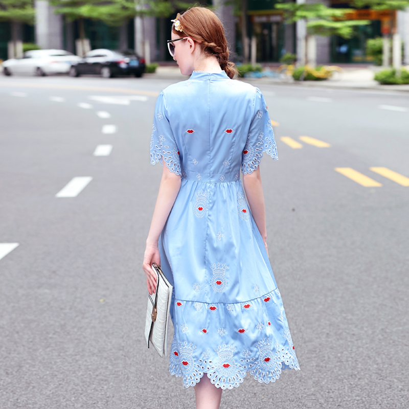Chic Embroidery 2019 Fashion