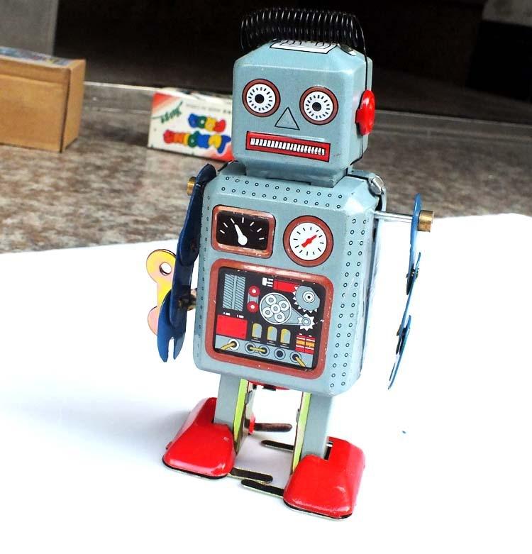 Walking Wind Up Robot Classic Tinplat Toys Clockwork Toy ...