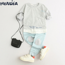 цена Menoea Boys Clothing Sets New Children Casual Baby Sets Long Sleeve Letter T-shirt+ Pants 2Pcs Boys Clothes Kids Clothes Suits онлайн в 2017 году