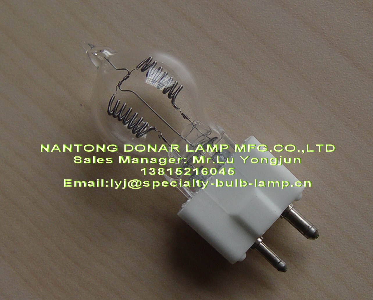 free shipping Dyr 230v 650w projector bulb 8mm kinematograph light bulb 02