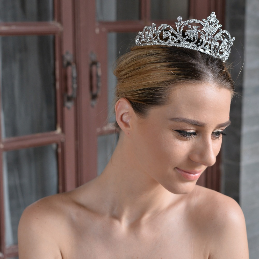 Bella fashion elegant art deco flower bridal crown hair tiara bella fashion elegant art deco flower bridal crown hair tiara austrian crystal rhinestone wedding hair jewelry for party gift on aliexpress alibaba izmirmasajfo Choice Image
