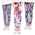 Nuevo llega la muchacha de pantalones de las muchachas de Flor de impresión leggings Niño Leggings Clásicos 2-13Ybaby girls leggings niños leggings 21 colores